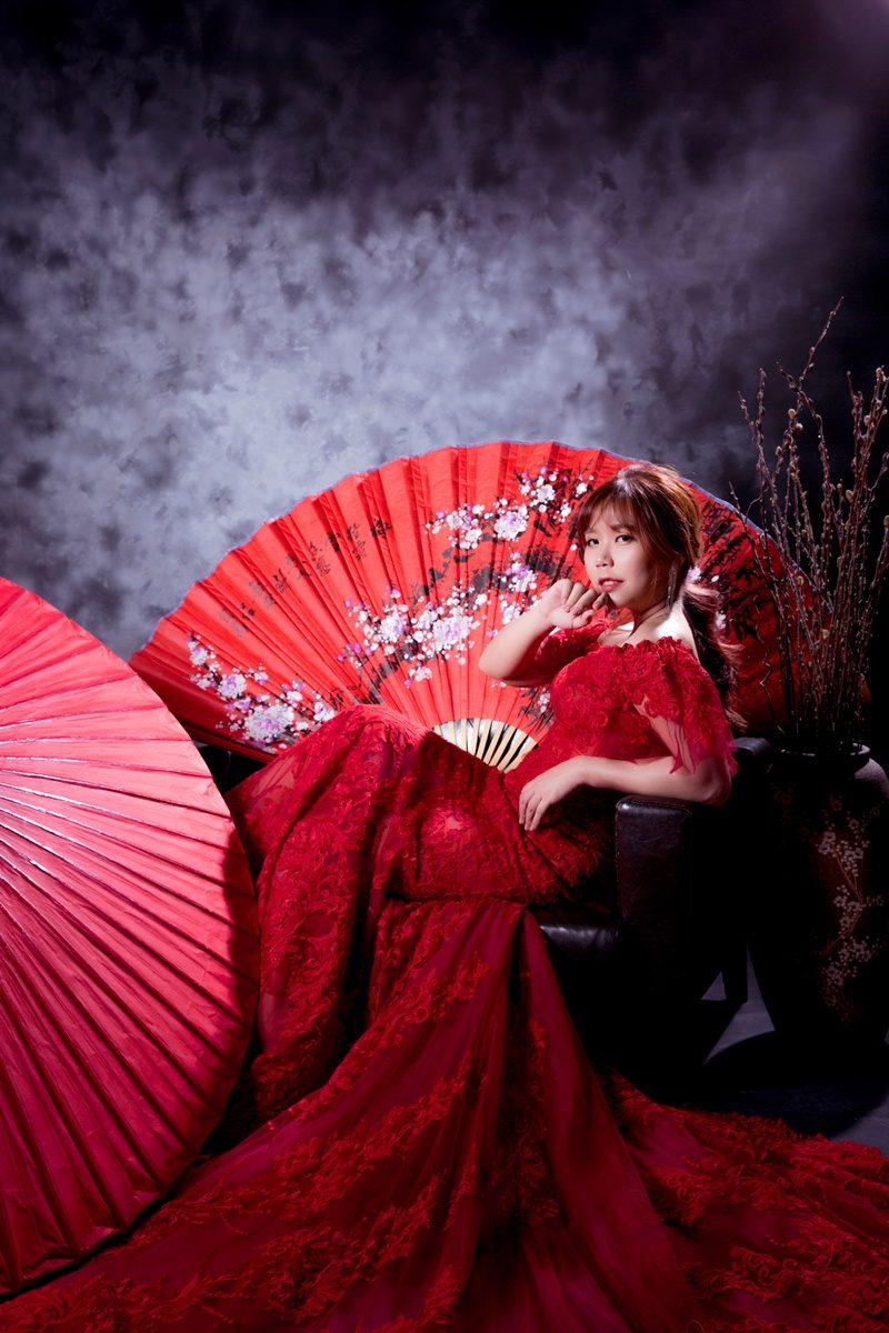 JOJO婚紗攝影-紅色魚尾婚紗