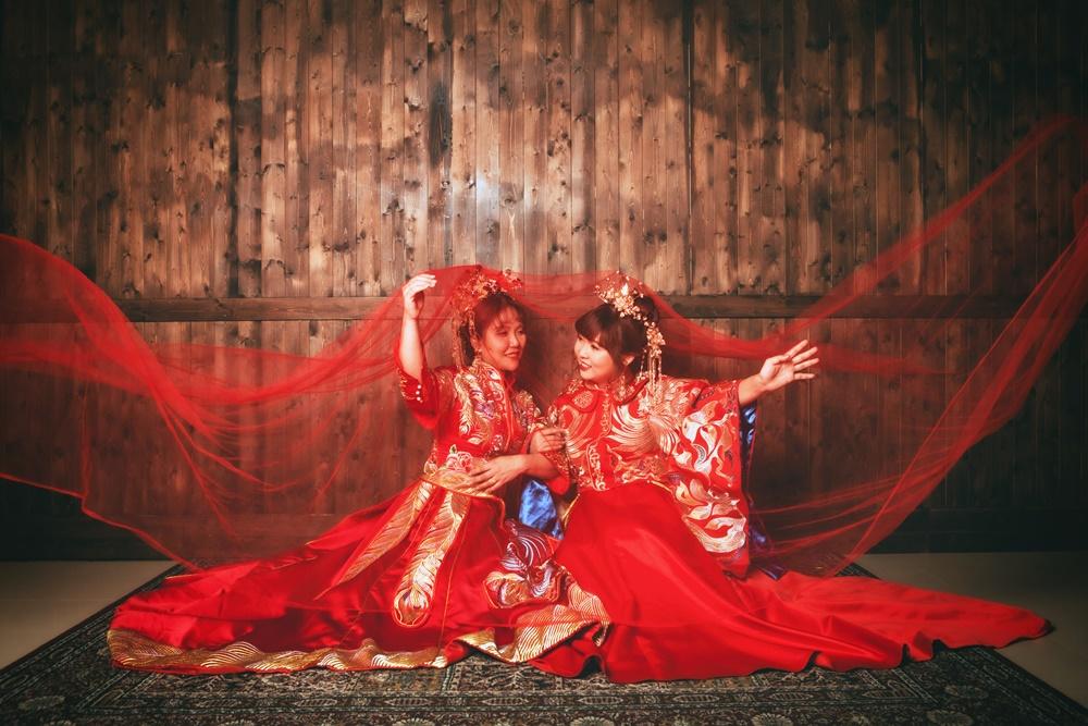 伊頓自助婚紗工作室-閨密婚紗/中式禮服